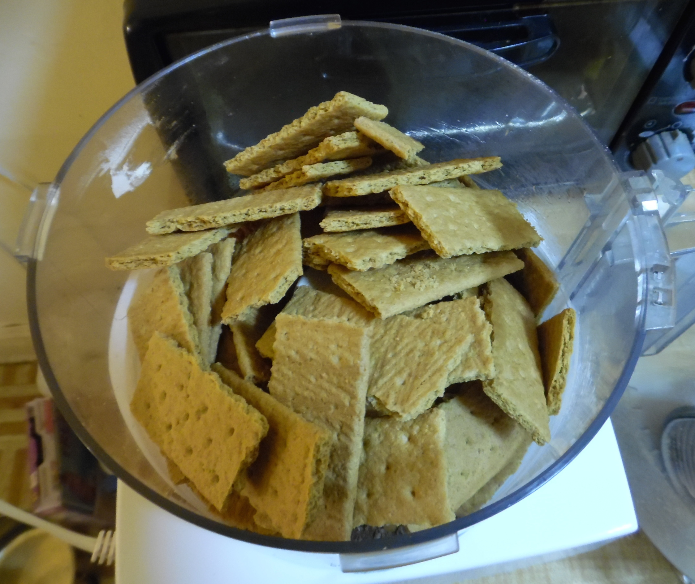 Graham crackers in food processor.